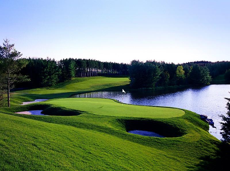 Woodington-18th-hole